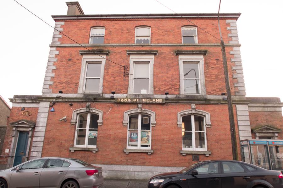 http://skibbheritage.com/wp-content/uploads/2017/03/11-Bank-of-Ireland.jpg